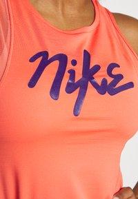 Nike Performance - TANK RUNWAY - Sports shirt - magic ember/eggplant - 5