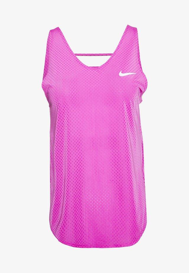 TANK BREATHE - Sportshirt - fire pink/reflective silver