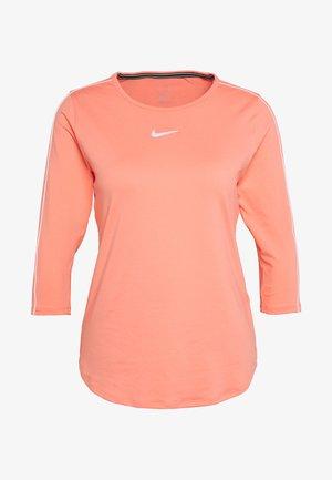 Treningsskjorter - sunblush/white