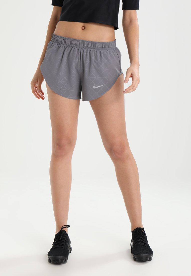 Nike Performance - HI CUT RUN DIVISION - kurze Sporthose - gunsmoke