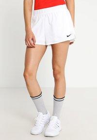 Nike Performance - FLEX SHORT - Krótkie spodenki sportowe - white/black - 0