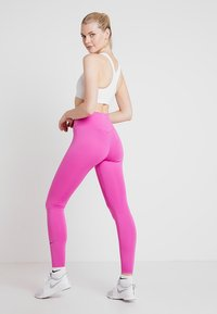 Nike Performance - ONE - Collants - active fuchsia/black - 2