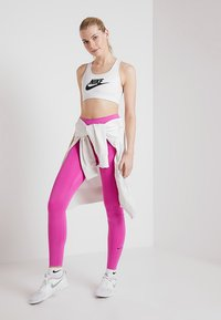 Nike Performance - ONE - Collants - active fuchsia/black - 1