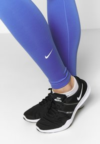 Nike Performance - ONE - Tights - sapphire/white - 3
