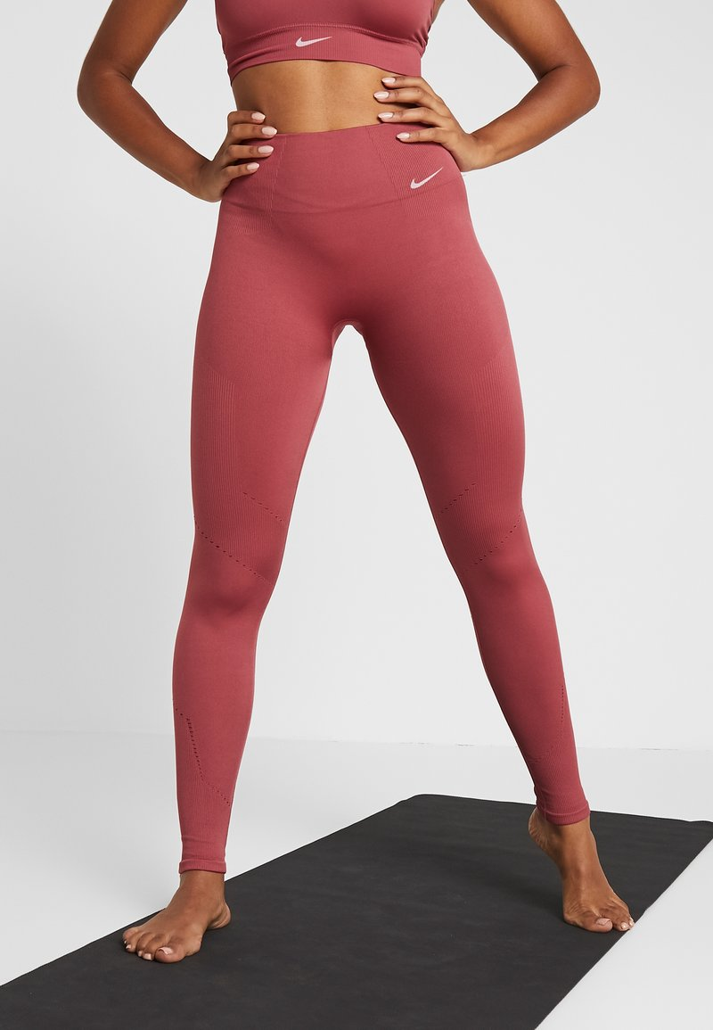 Nike Performance - STUDIO - Tights - cedar/white