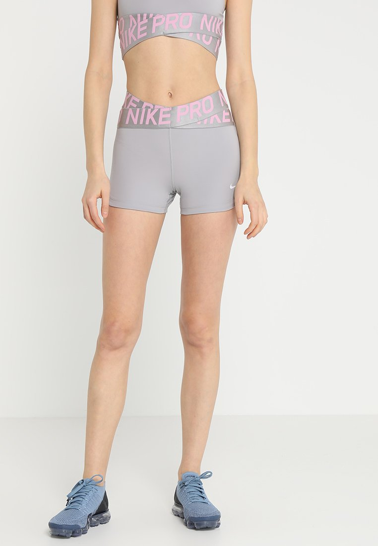 Nike Performance - INTERTWIST SHORT - Tights - atmosphere grey/pink rise