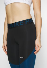 Nike Performance - Legging - black/valerian blue/white - 3