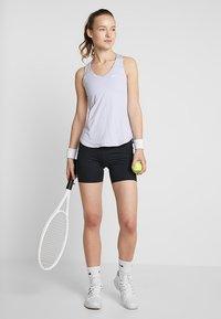 Nike Performance - SHORT  - Legginsy - black/white - 1