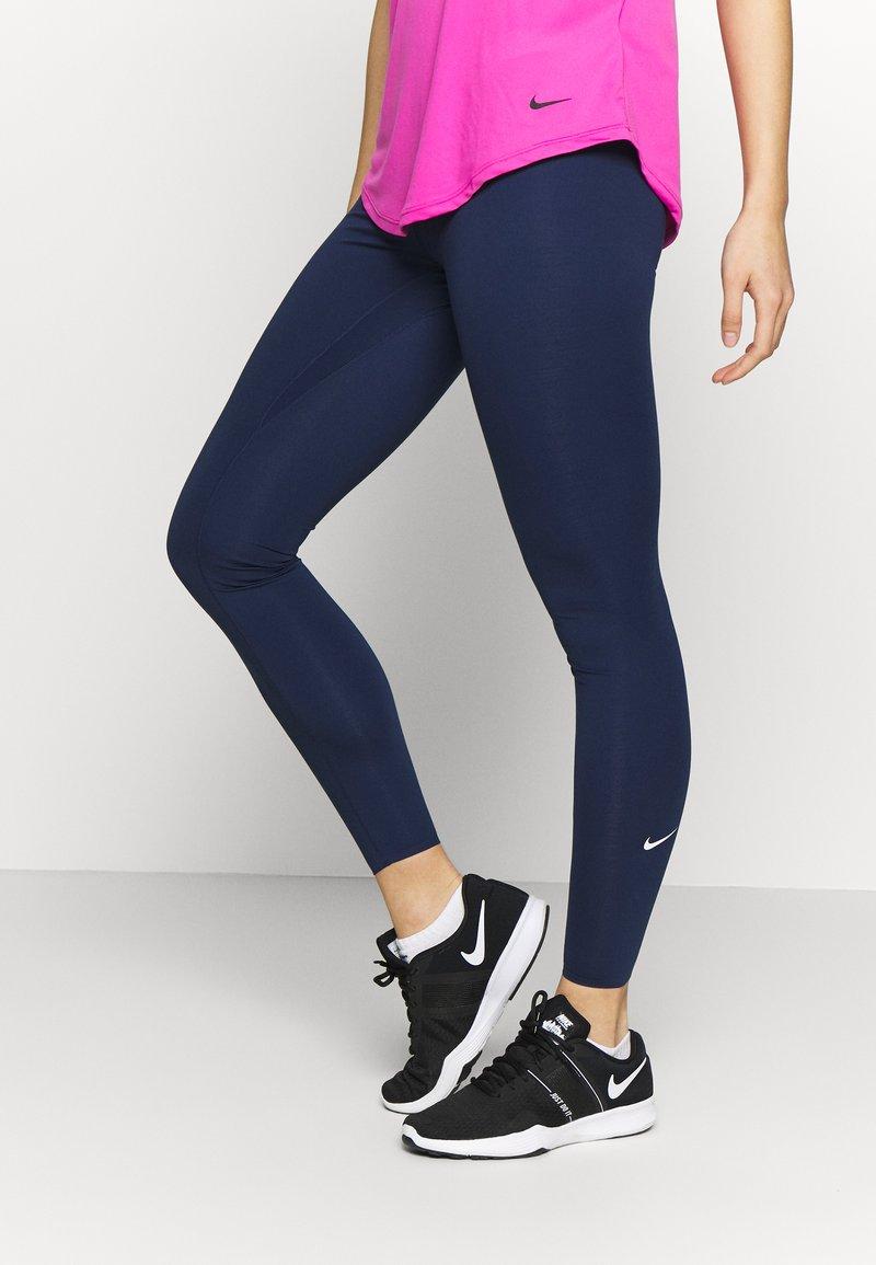 Nike Performance - W NIKE ONE LUXE TIGHT - Leggings - midnight navy/white