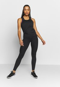 Nike Performance - W NIKE ONE LUXE TIGHT - Tights - black - 1