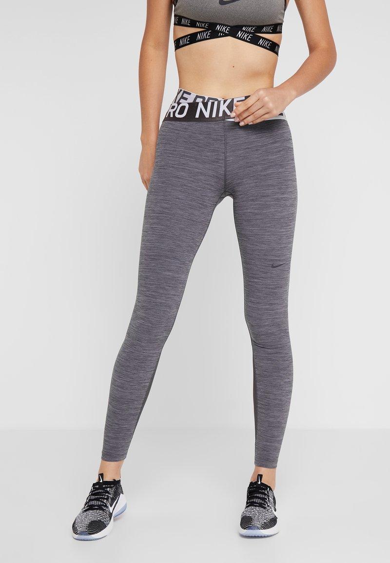 Nike Performance - INTERTWIST 2.0 - Leggings - oil grey/thunder grey