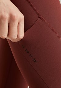Nike Performance - Legging - pueblo brown - 3