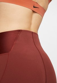Nike Performance - Legging - pueblo brown - 4