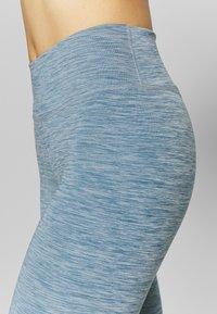 Nike Performance - ONE CROP - Leggings - valerian blue/white - 4