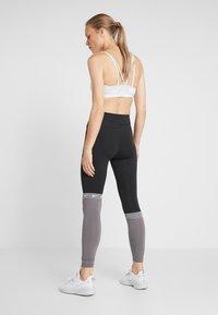 Nike Performance - ONE - Collant - black/gunsmoke/black - 2