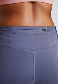 Nike Performance - BIKE SHORT AIR - Leggings - sanded purple/black - 3