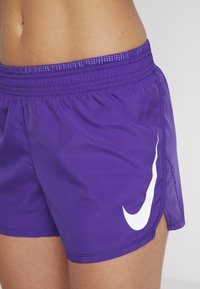 Nike Performance - RUN SHORT - Pantalón corto de deporte - court purple/white - 4