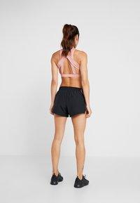 Nike Performance - RUN SHORT - Pantaloncini sportivi - black/black - 2