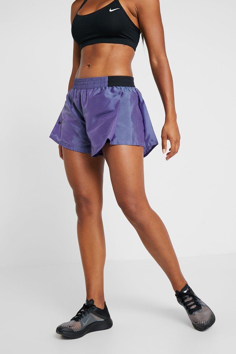Nike Performance - TEMPO SHORT AIR - Pantalón corto de deporte - voltage purple/black