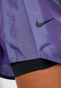 Nike Performance - TEMPO SHORT AIR - Pantalón corto de deporte - voltage purple/black - 5
