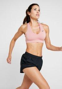 Nike Performance - TEMPO SHORT AIR - Urheilushortsit - black/white - 3