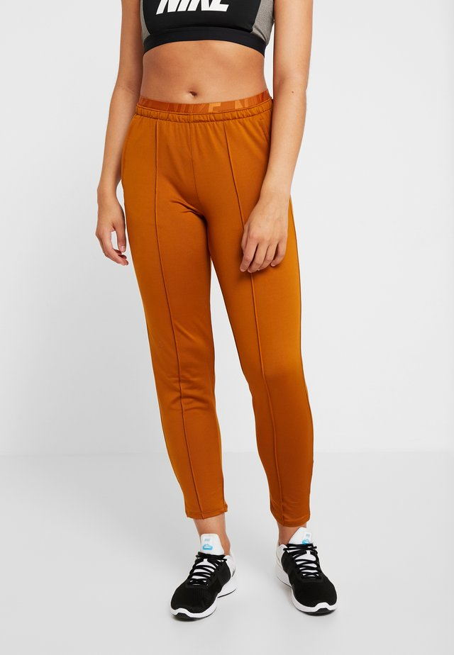TRACK PANT - Trainingsbroek - burnt sienna/reflective silv