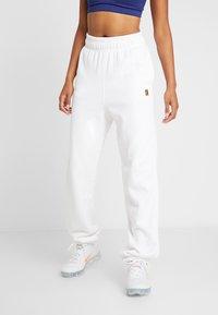 Nike Performance - HERITAGE PANT - Trainingsbroek - white - 0