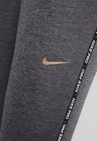 Nike Performance - Legginsy - oil grey/gunsmoke - 5