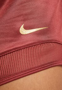 Nike Performance - SHORT GLAM - Sports shorts - cedar/metallic gold - 4