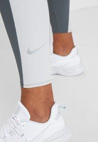 Nike Performance - Bukse - iron grey/grey fog/silver - 5