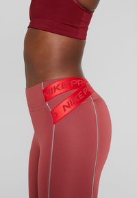 Nike Performance - HYPERWARM - Tights - cedar/metallic silver - 4