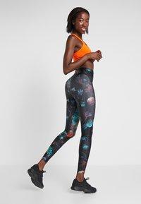 Nike Performance - Leggings - light current blue/white - 2