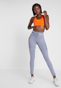 Nike Performance - CITY REFLECT - Legging - stellar indigo/reflect black - 1