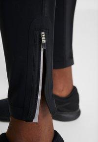 Nike Performance - CITY REFLECT - Collant - black/reflect black - 4