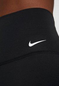 Nike Performance - YOGA  - Legginsy - black/white - 5
