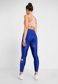 Nike Performance - SPEED GLAM - Legging - deep royal blue/metallic gold - 2