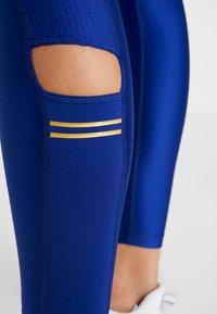 Nike Performance - SPEED GLAM - Legging - deep royal blue/metallic gold - 6