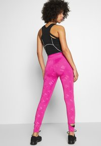 Nike Performance - AIR  - Tights - fire pink/reflective silver - 2