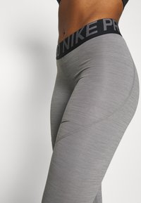 Nike Performance - CROP - Punčochy - gunsmoke/heather/gunsmoke/black - 4