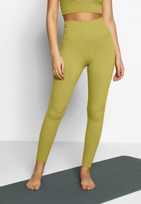 Nike Performance - THE YOGA LUXE - Legging - quantum moss/saffron quartz - 0