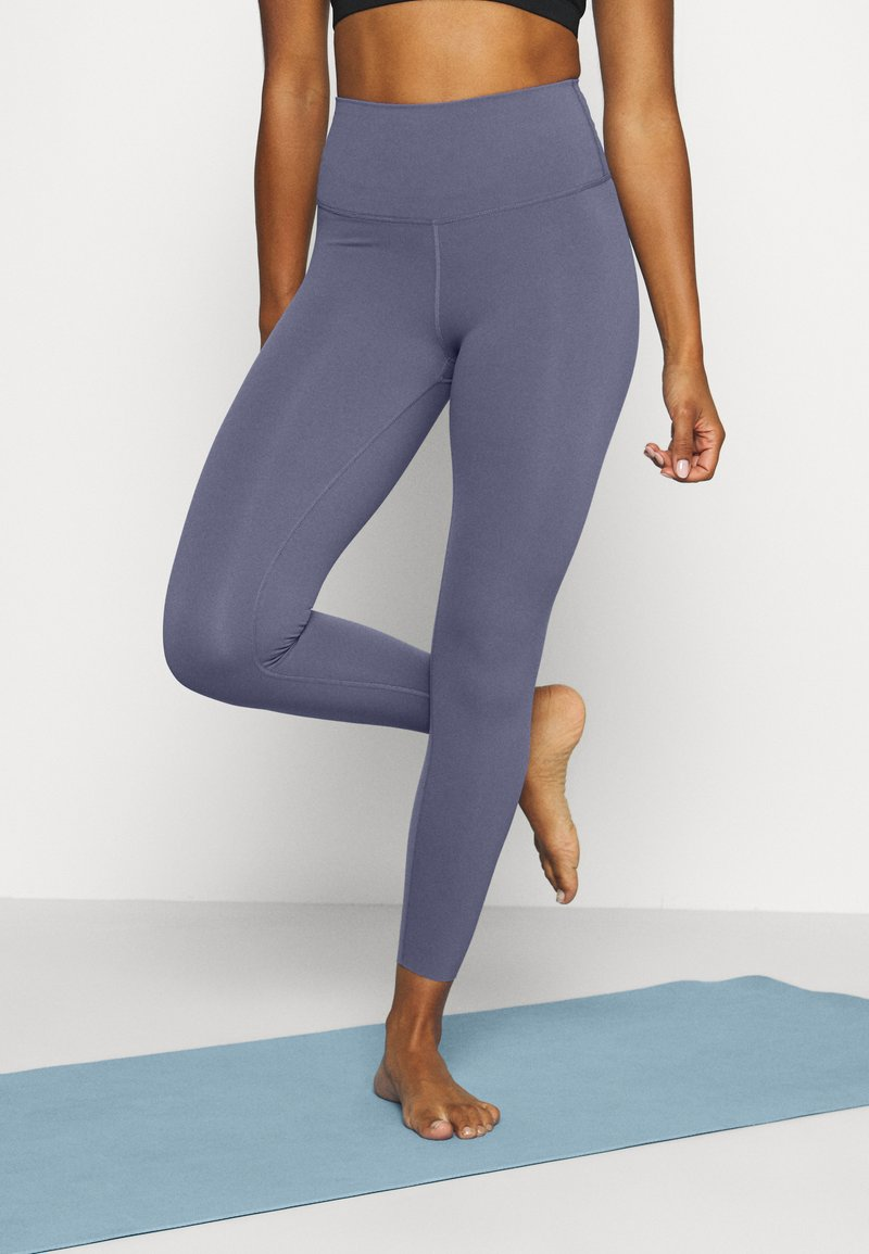 Nike Performance - THE YOGA LUXE - Legging - diffused blue/obsidian mist