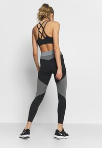 Nike Performance - ONE - Tights - smoke grey/black/particle grey - 2