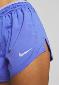 Nike Performance - TEMPO SHORT  - Pantalón corto de deporte - sapphire/light thistle - 5
