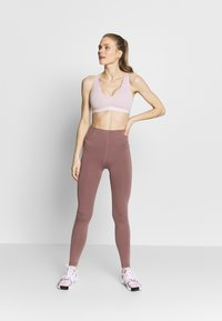 Nike Performance - Tights - smokey mauve/white - 1