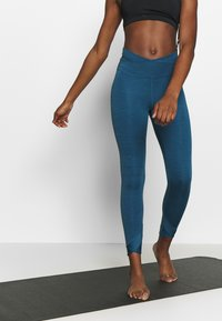 Nike Performance - YOGA WRAP 7/8  - Medias - valerian blue - 0