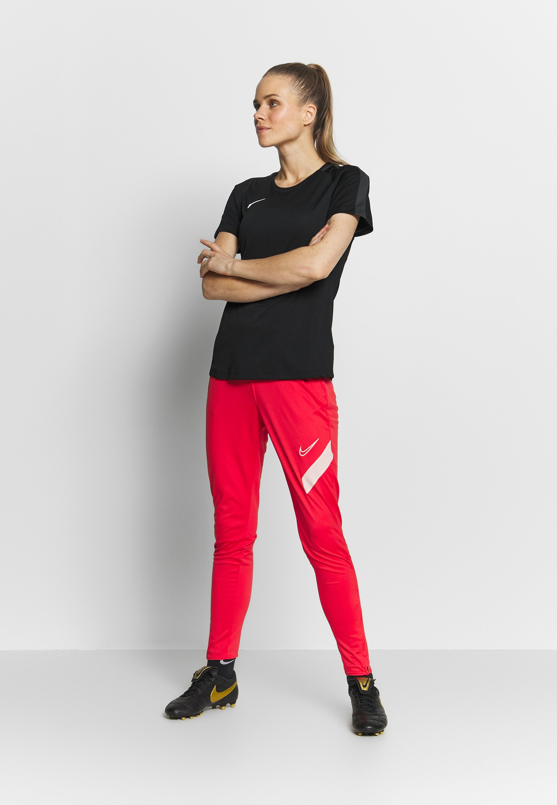 Nike Performance DRY ACADEMY PANT - Joggebukse - track red / washed coral