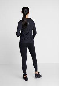Nike Performance - EPIC - Trikoot - black - 2