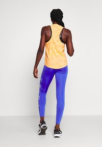 Nike Performance - ONE 7/8  - Legginsy - sapphire/lemon/light thistle - 2