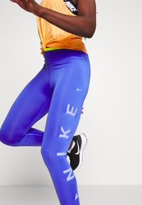 Nike Performance - ONE 7/8  - Legginsy - sapphire/lemon/light thistle - 3