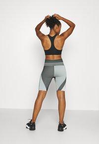 Nike Performance - Tights - grey fog/black/white - 2